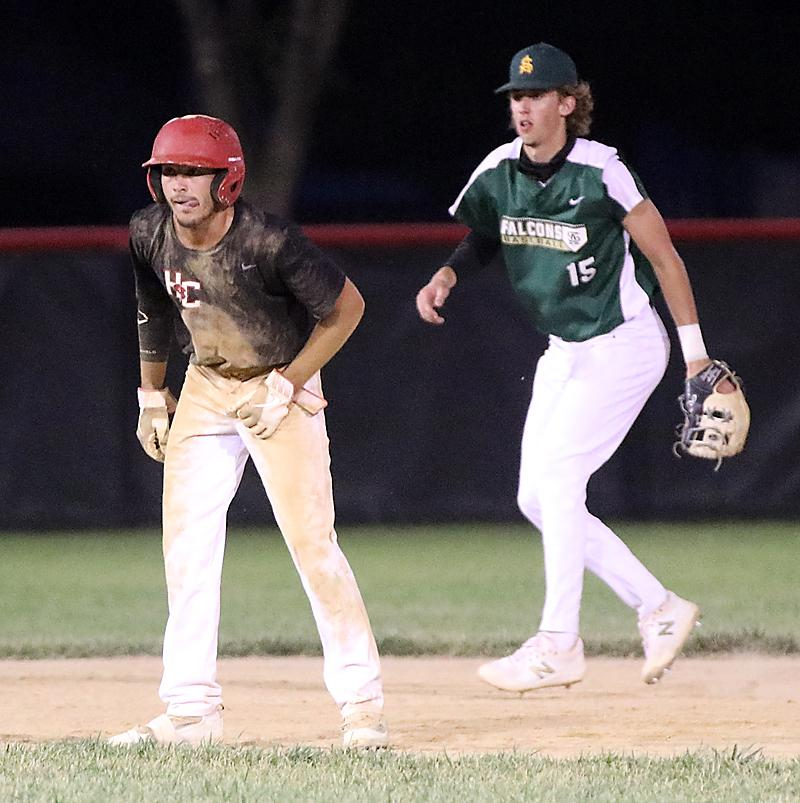 Cyclone senior Ben Muenchrath leads off second base.