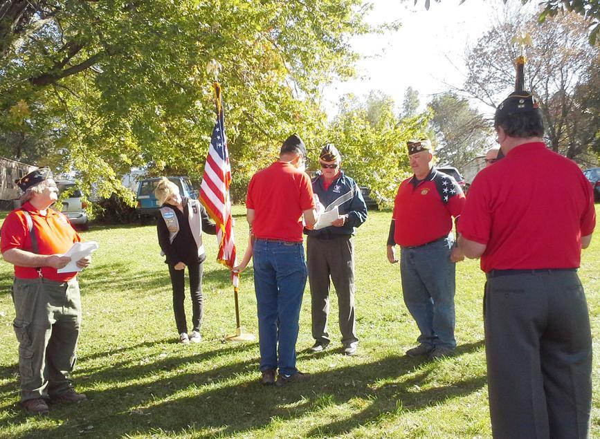 American Legion/VFW retire colors