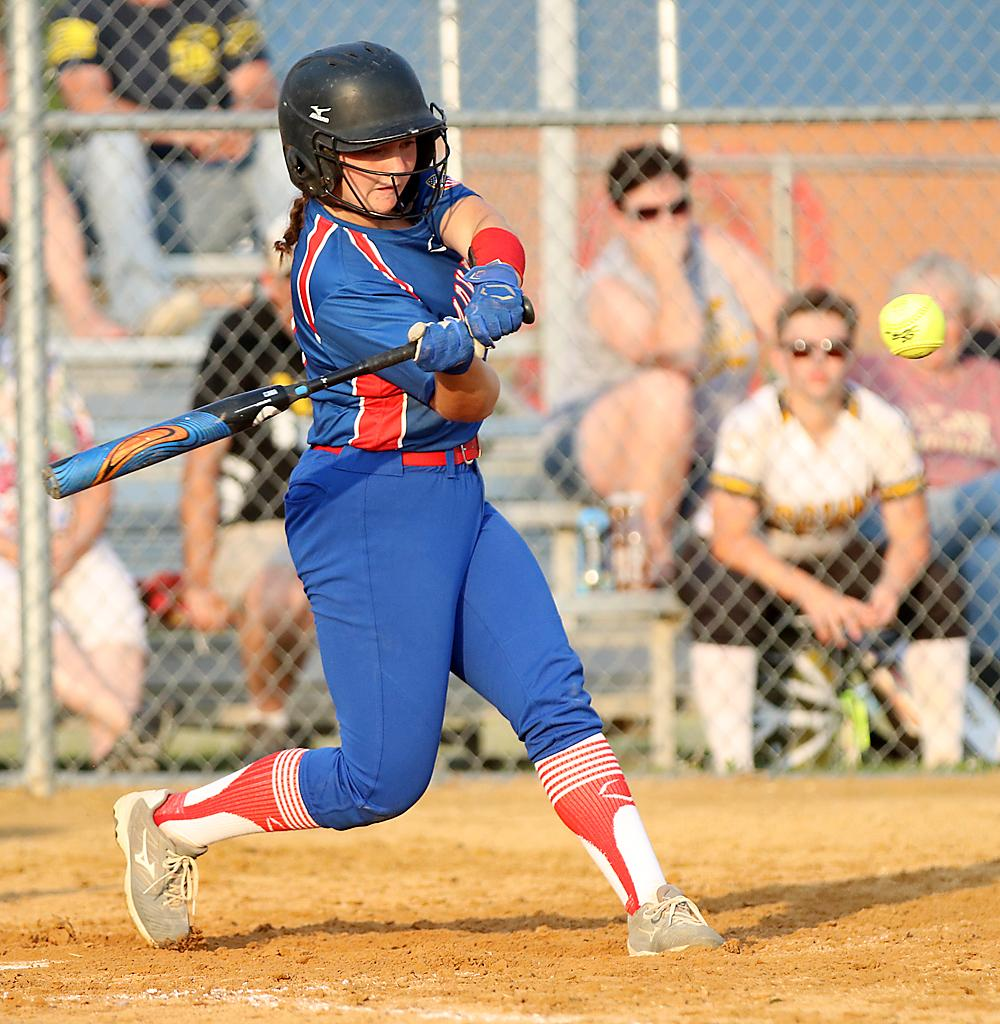 AHSTW's Grace Porter hit a pair of doubles during Friday's win over T-C.