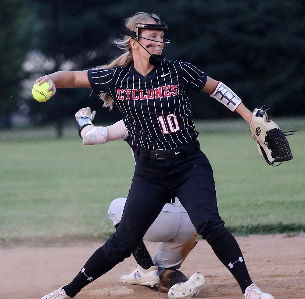 HCHS second baseman Tianna Kasperbauer opts to not go for the double play after forcing out a Sioux City East runner at the bag. (Photos by Mike Oeffner)