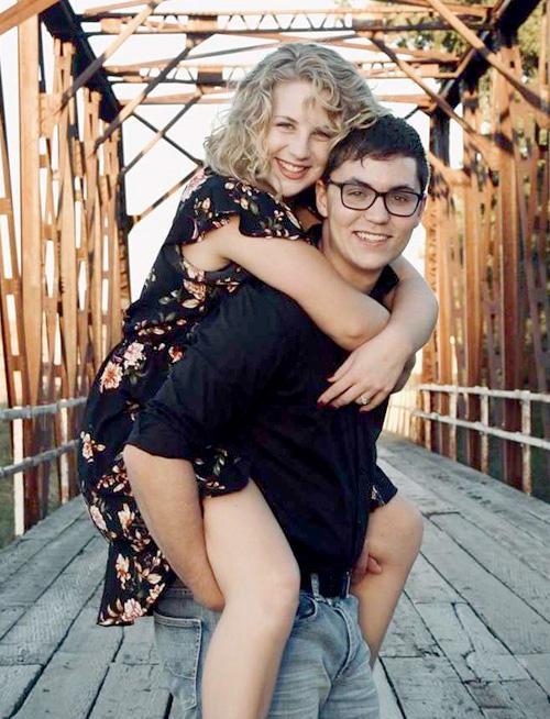 Anna Nelson and Brogan Kienast