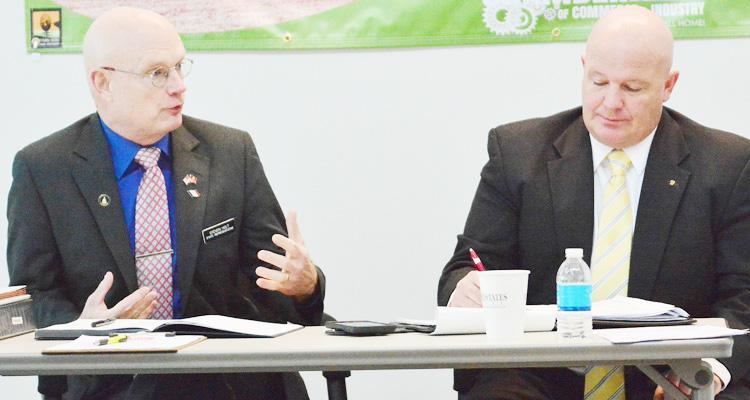 Iowa Rep. Steve Holt (R-Denison), left, and Iowa Sen. Jason Schultz, shown at a winter legislative briefing,  say the legislative session was a productive one.  (File photo)