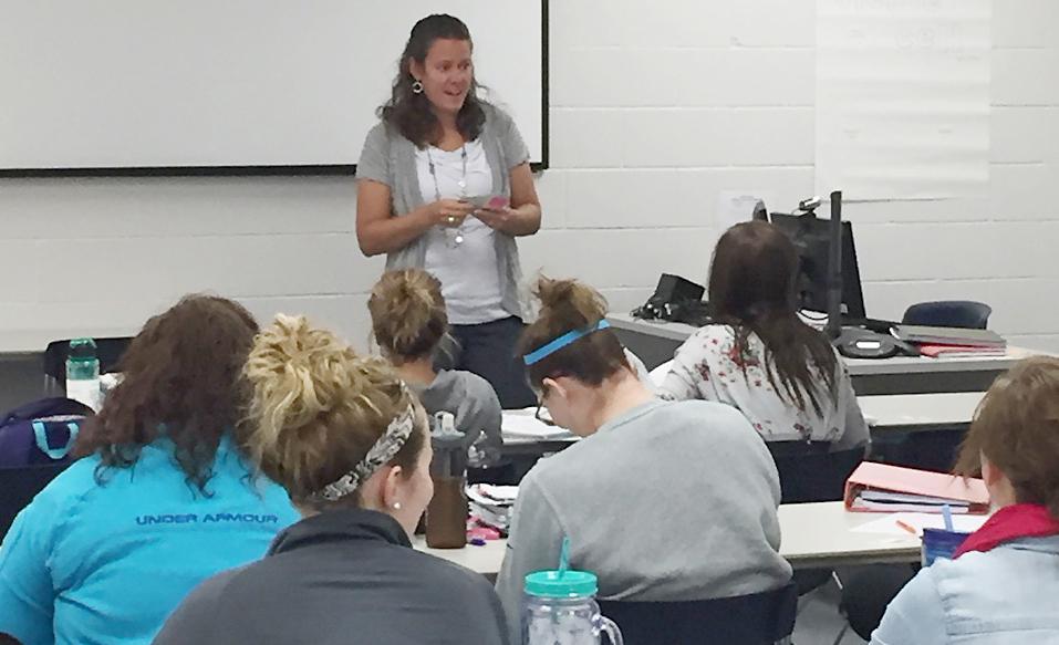 Shayla Leinen teaches a class at IWCC.