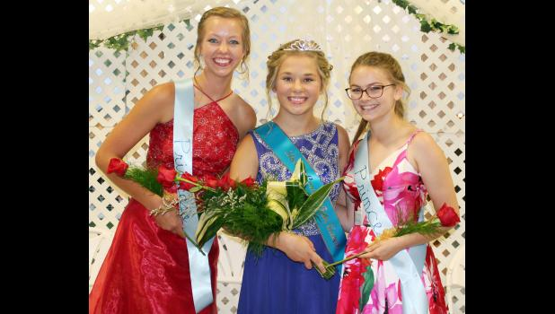Pictured L to R -- Mary Carroll, second runner-up; McKenna Boardman, fair queen; and Emily Taggs, first runner-up.  (Photo by Ryan Pattee)