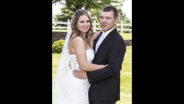 Melissa and Derek Anderson