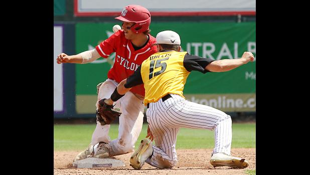 Cyclone junior Brett Sears (left) steals second base.