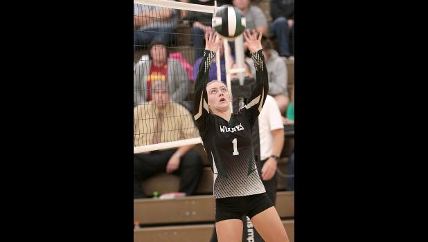 IKM-M setter Kia Rasmussen (1) finished with four assists vs. Tri-Center. (Photos by Mike Oeffner)